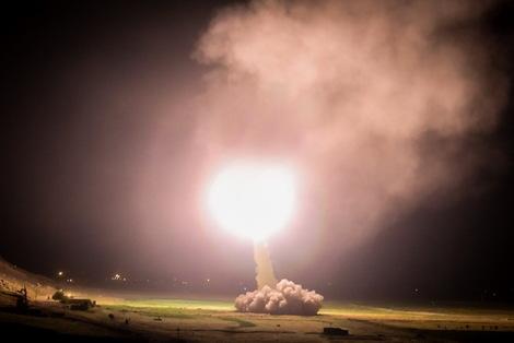 حمله موشکی سپاه به مقر داعش