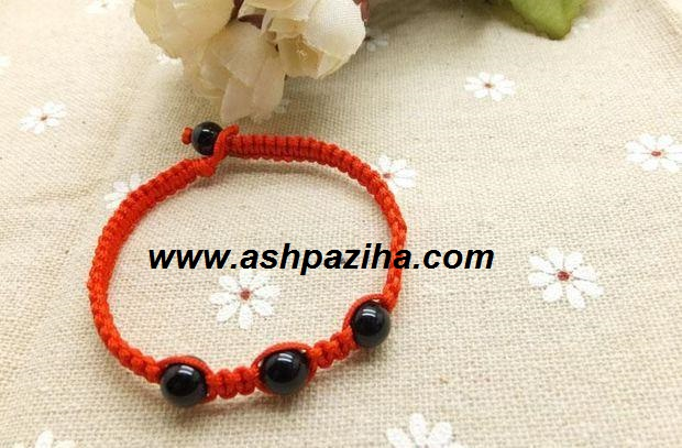Training-of-bracelet-with-beads-agate-image (17)