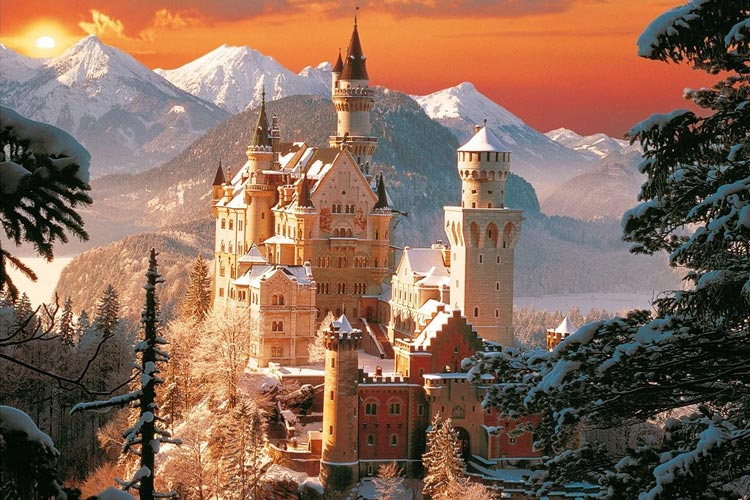 bavarian_castle_neuschwanstein_trees_sunset_1280x960_hd-wallpaper-1554617