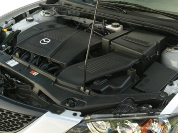 2006 Mazda MAZDA3 i 4-Door Engine Compartment