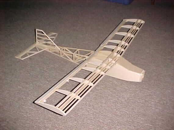 نقشه ساخت هواپیمای مدل(کنترل از راه دور)