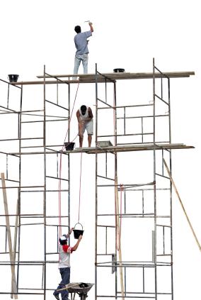 برق گرفتگی دو کارگر داربستکار در عمان
