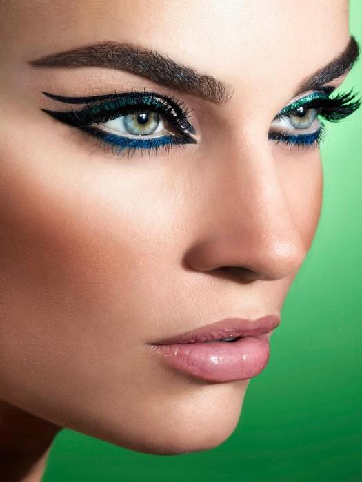 آرايش چشم به سبک عربي