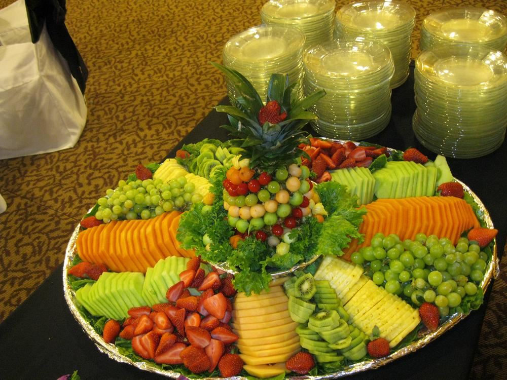 Tropical_Fruit_Tray_2.2992550_large.JPG