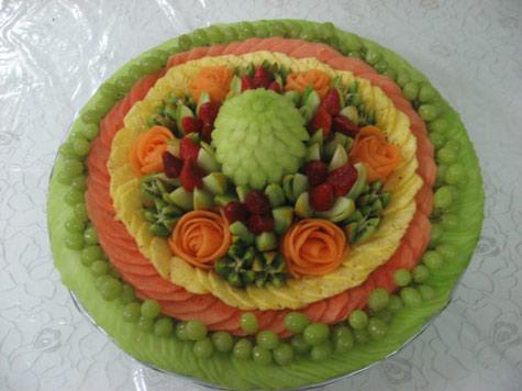 round-fruit-tray.jpg